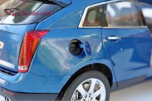Прикрепленное изображение: Cadillac-SRX-Kyosho11.jpg