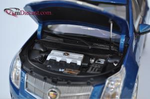 Прикрепленное изображение: Cadillac-SRX-Kyosho4.jpg