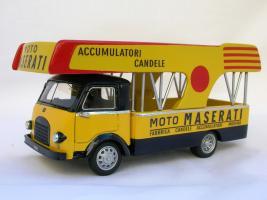 Прикрепленное изображение: OM LEONCINO UFFICIALE ASSISTENZA CORSE MOTO MASERATI 1953_1.jpg