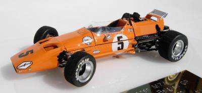 Прикрепленное изображение: McLaren M7A_2.jpg