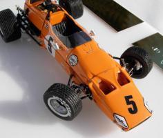 Прикрепленное изображение: McLaren M7A_4.jpg
