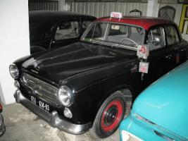 Прикрепленное изображение: Peugeot 403 taxi-23.JPG