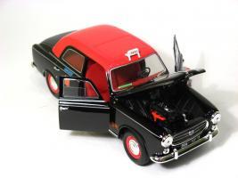 Прикрепленное изображение: Peugeot 403 taxi-6.JPG