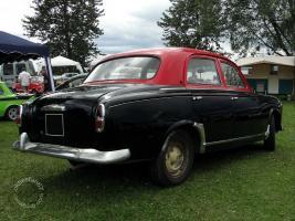 Прикрепленное изображение: Peugeot 403 taxi-22.jpg