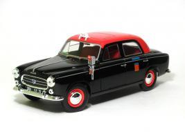 Прикрепленное изображение: Peugeot 403 taxi-1.JPG