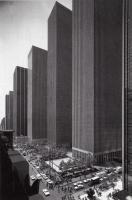 Прикрепленное изображение: skyscrapers-on-6th-avenue-in-1974-new-york-116678-530-808.jpg