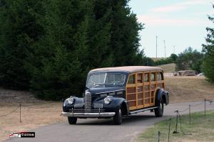 Прикрепленное изображение: Meadowbrook_Concours_8-door_Buick_Woody_Wagon_11.jpg