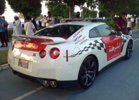 Прикрепленное изображение: nissan-gt-r-police-car4.jpg