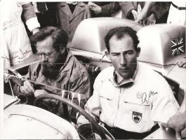 Прикрепленное изображение: Mille Miglia Stirling Moss Denis Jenkinson Autographs.jpg