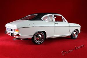 Прикрепленное изображение: Opel Olympia A White Revell 08446_13.jpg
