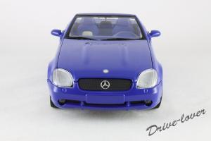 Прикрепленное изображение: Mercedes SLK AMG UT 26153_04.jpg