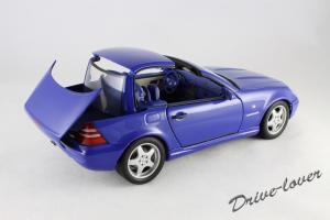 Прикрепленное изображение: Mercedes SLK AMG UT 26153_11.jpg