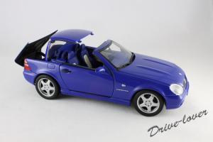 Прикрепленное изображение: Mercedes SLK AMG UT 26153_10.jpg