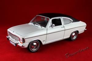Прикрепленное изображение: Opel Olympia A White Revell 08446_01.jpg