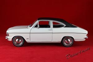 Прикрепленное изображение: Opel Olympia A White Revell 08446_02.jpg