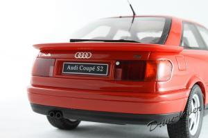 Прикрепленное изображение: Audi Coupe S2 Red Otto Models OT048_08.jpg