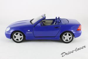 Прикрепленное изображение: Mercedes SLK AMG UT 26153_02.jpg