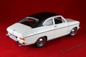 Прикрепленное изображение: Opel Olympia A White Revell 08446_06.jpg
