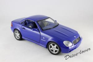 Прикрепленное изображение: Mercedes SLK AMG UT 26153_12.jpg