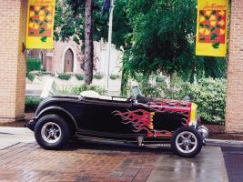 Прикрепленное изображение: 0107sr_03z+1933_Ford_Deuce_Highboy+Side_View.jpg