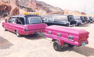 Прикрепленное изображение: hearse_coffintrailer.jpg