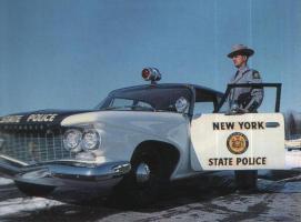 Прикрепленное изображение: 1960 Plymouth Police.jpg