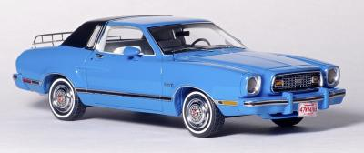 Прикрепленное изображение: Ford Mustang II Ghia - American Excellence Model Car World Exklusiv - 169491 - 3.jpg