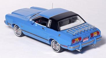 Прикрепленное изображение: Ford Mustang II Ghia - American Excellence Model Car World Exklusiv - 169491 - 4.jpg