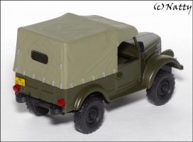 Прикрепленное изображение: 1954 GAZ 69 Olive Green - IST - IST012 - 2_small.jpg