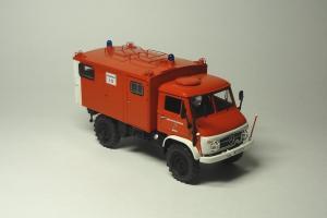 Прикрепленное изображение: Unimog 404S Feuerwehr Schuco (1).JPG