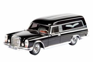 Прикрепленное изображение: Mercedes-Benz 600 Bestattungswagen.jpg