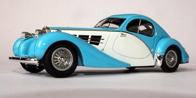 Прикрепленное изображение: Bugatti 57C 1937 coupé fastback Nicolas Cage 01991 H_1.jpg