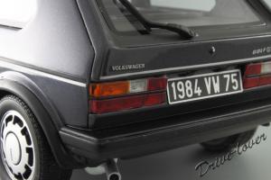 Прикрепленное изображение: Volkswagen Golf 1 GTI 1800 Plus OTTO Models OT078_16.JPG