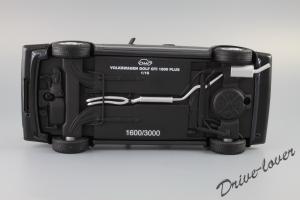 Прикрепленное изображение: Volkswagen Golf 1 GTI 1800 Plus OTTO Models OT078_20.JPG