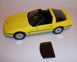 Прикрепленное изображение: Chevrolet Corvette 1986 ERTL (5).JPG