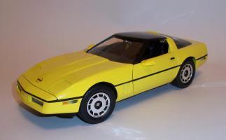 Прикрепленное изображение: Chevrolet Corvette 1986 ERTL (6).JPG