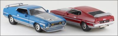 Прикрепленное изображение: 1971 Ford Mustang Boss 351 - Johnny Lightning - 252-01 - 4_small.jpg