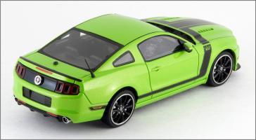 Прикрепленное изображение: 2013 Ford Mustang BOSS 302 - Schuco Pro R - 450883100 - 2_small.jpg