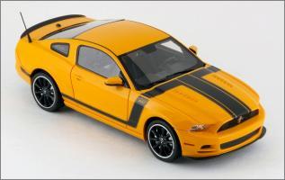 Прикрепленное изображение: 2013 Ford Mustang BOSS 302 - Schuco Pro R - 450883300 - 3_small.jpg