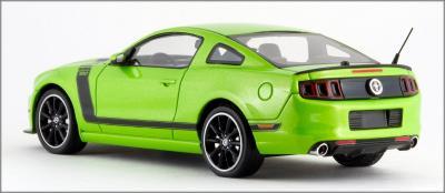 Прикрепленное изображение: 2013 Ford Mustang BOSS 302 - Schuco Pro R - 450883100 - 4_small.jpg