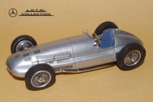 Прикрепленное изображение: 116. 1939 W154-W163 (Spark) (2).JPG