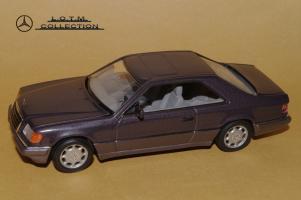 Прикрепленное изображение: 119. 1993 C124 (Minichamps) (2).JPG