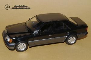 Прикрепленное изображение: 111. 1990 W124 500E (Minichamps) (2).JPG