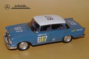 Прикрепленное изображение: 126. 1964 W112 300SE Rallyefahrzeug (Spark) (2).JPG