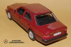 Прикрепленное изображение: 109. 1989 W124 300D (Minichamps) (3).JPG