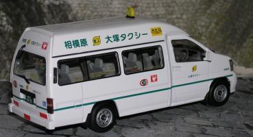 Прикрепленное изображение: nissan taxi P1010162.JPG