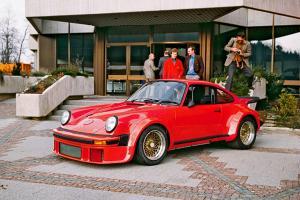 Прикрепленное изображение: Porsche-934-RSR.jpg