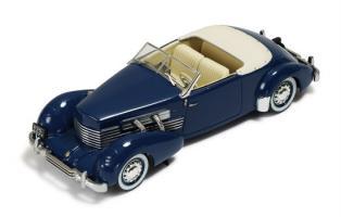 Прикрепленное изображение: IXO - MUS030 - Cord 812 Convertible Phaeton 1937 - Blue.jpg