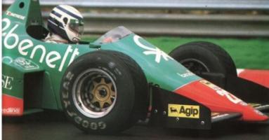 Прикрепленное изображение: 1984-patrese-alfa-romeo.jpg