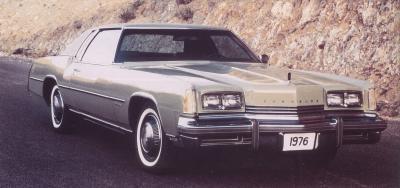 Прикрепленное изображение: `76 Oldsmobile Toronado.jpg